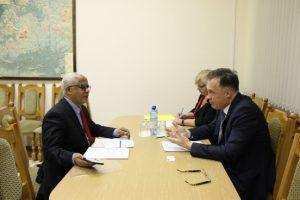 А. В. Савиных с послом Эфиопии Алемайеху Тегену Аргау